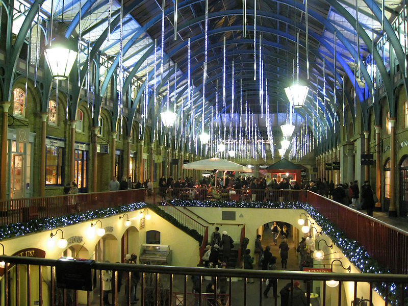 Covent Garden at Christmas, Wikipedia Commons