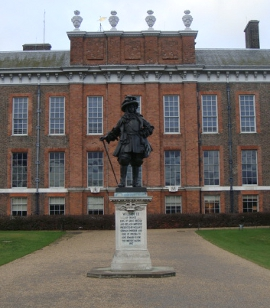 Kensington Palace.  Source: Sheila Madhvani. Licensed for reuse under Creative Commons.